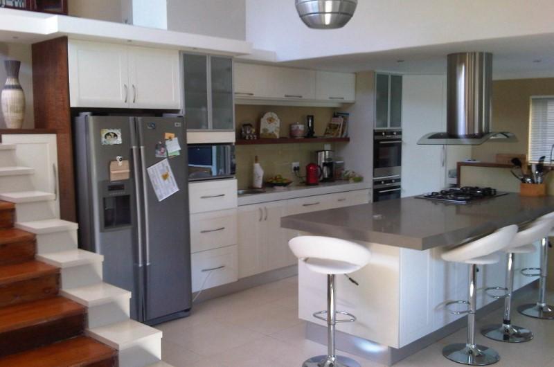 Kitchens design line sa all house home renovations for Kitchen design za